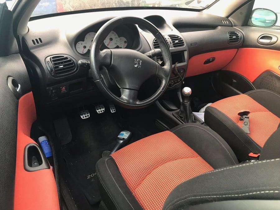 Peugeot 206 cc 2.0 i S16 138cv